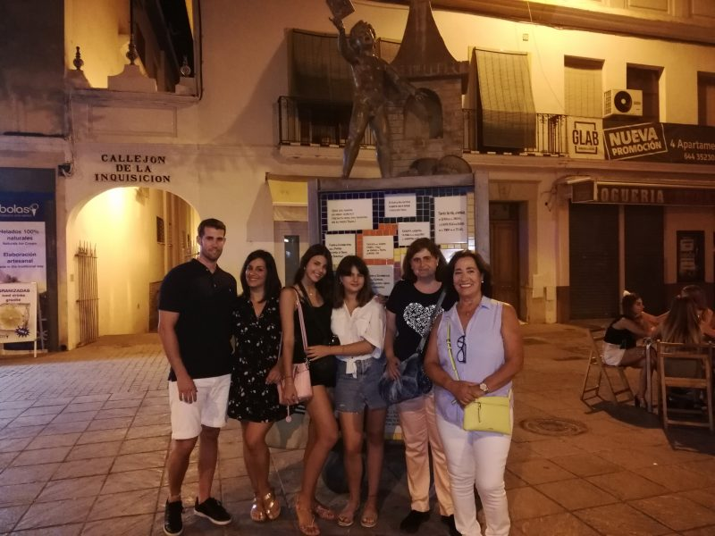 div id=TA_excellent847 class=TA_excellentul id=bGqdu2dQwtQ class=TA_links ig10Qdgli id=Mpf7kKBmca class=U7ndi1pJhra target=_blank href=httpswww.tripadvisor.esAttraction_Review-g187443-d17629976-Reviews-Sevilla_Magica_y_Eterna-Seville_Province_of_Seville_Andalucia.htmlimg src=httpsstatic.tacdn.comimg2brand_refreshTripadvisor_lockup_horizontal_secondary_registered.svg alt=TripAdvisor class=widEXCIMG id=CDSWIDEXCLOGOaliuldivscript async src=httpswww.jscache.comwejswtype=excellent&uniq=847&locationId=17629976&lang=es&display_version=2 data-loadtrk onload=this.loadtrk=truescript