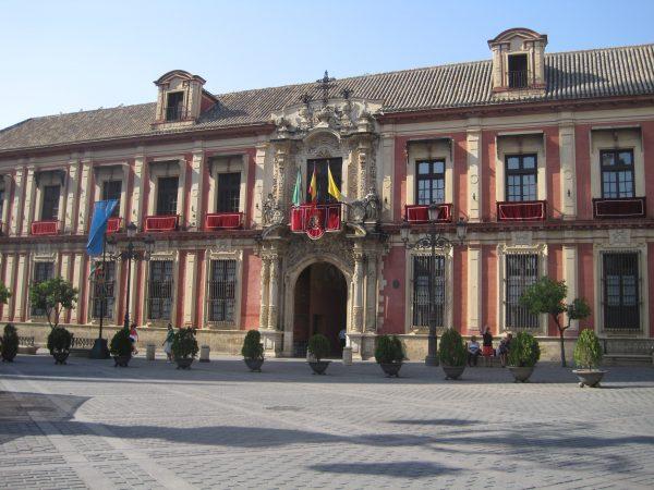 Palacio arzobispal de Sevilla o palacio arzobispal hispalense