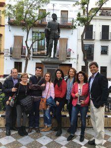 Grupo La Judería Legendaria y Litetaria. Fotografía de la página de Sevilla Mágica y Eterna. Contactar