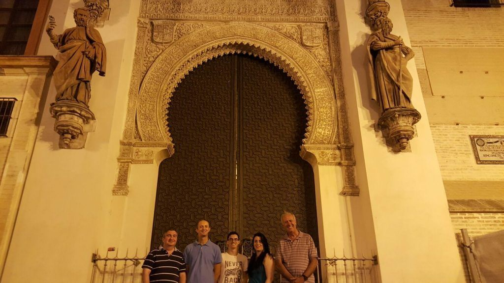 La Sevilla de Carlos V y Felipe II. Experiencia Cultural de Sevilla Mágica y Eterna.