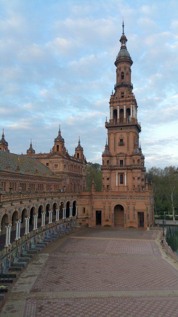 Experiencia Cultural de Sevilla Mágica y Eterna. La Sevilla Verde y la Exposición de 1929. Parque de Maria Luisa y Plaza de España.