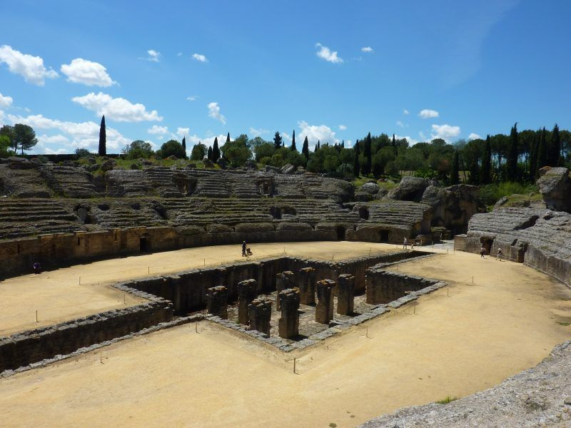 Anfiteatro de Itálica. Fotografía de la página web de Sevilla Mágica y Eterna.